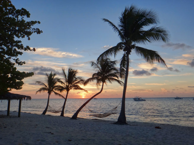 Fly Private to the Cayman Islands